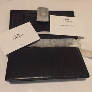Coach Black Pebble Leather Phone Wristlet NWT
